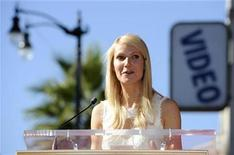 <p>Gwyneth Paltrow speaks at a ceremony where the actress received a star on the Hollywood Walk of Fame in Los Angeles December 13, 2010. REUTERS/Phil McCarten</p>