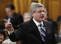 <p>Canada's Prime Minister Stephen Harper speaks during Question Period in the House of Commons on Parliament Hill in Ottawa December 15, 2010. REUTERS/Chris Wattie</p>