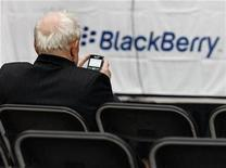 <p>A BlackBerry user in a file photo. REUTERS/J.P. Moczulski</p>