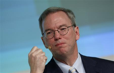 Google CEO Eric Schmidt gestures during his speech at the Digital Life Design (DLD) conference in Munich January 25, 2011. REUTERS/Michaela Rehle