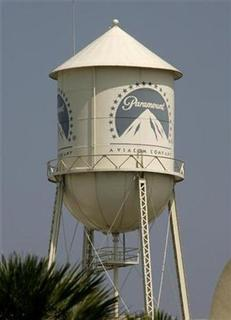 The water tower at Paramount Pictures Studios, a division of Viacom, Inc. is pictured in Los Angeles, California July 29, 2008. REUTERS/Fred Prouser