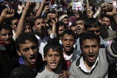 """<p>Оппозиционеры на акции протеста в Сане, 3 февраля 2011 года. Десятки тысяч противников властей и их сторонников вышли на улицы в так называемый """"День Гнева"""" в Йемене. REUTERS/Khaled Abdullah</p>"""