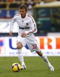 <p>David Beckham during a stint with AC Milan, January 25, 2009. REUTERS/Tony Gentile</p>
