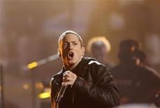<p>Rapper Eminem performs 'Not Afraid' at the 2010 BET Awards in Los Angeles June 27, 2010. REUTERS/Mario Anzuoni</p>