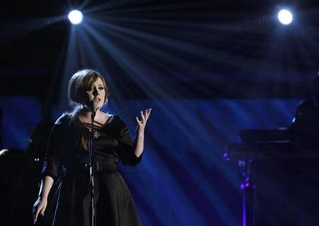 Singer Adele performs at the 51st annual Grammy Awards in Los Angeles February 8, 2009. REUTERS/Lucy Nicholson