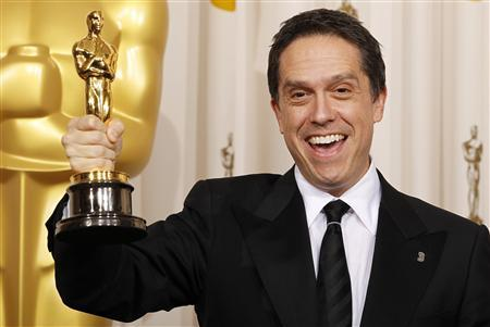 Lee Unkrich holds his Oscar for Best Animated Feature for ''Toy Story 3'' backstage at the 83rd Academy Awards in Hollywood, California, February 27, 2011. REUTERS/Mike Blake