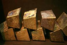 <p>Gold bars are displayed at a South African refinery in a file photo. REUTERS/Siphiwe Sibeko</p>