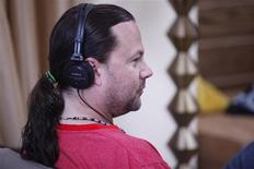 "<p>Former Alice in Chains bass player Mike Starr is seen in a scene from season two of VH1's reality series ""Sober House with Dr. Drew"" in this undated publicity handout. REUTERS/Beatrice Neumann for VH1/Handout</p>"