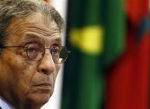 <p>Arab League Secretary-General Amr Moussa attends an emergency meeting among the Arab League foreign ministers, held to discuss issues about Libya, at the headquarters in Cairo March 2, 2011. REUTERS/Amr Abdallah Dalsh</p>
