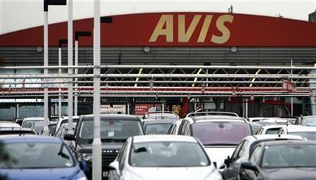 Cars are seen at car rental company Avis at Heathrow Airport, in west London November 17, 2008. REUTERS/Luke MacGregor
