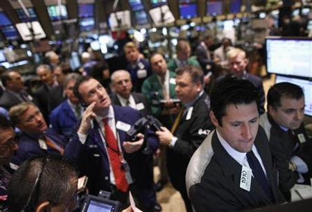 Traders on the floor of the New York Stock Exchange March 22, 2011. REUTERS/Brendan McDermid