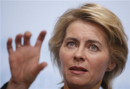 German Labour Minister Ursula von der Leyen announces the December 2010 jobless figures during a news conference in Berlin, January 4, 2011. REUTERS/Thomas Peter