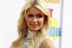 <p>Paris Hilton poses at the 2011 Nickelodeon Kids Choice Awards in Los Angeles, California April 2, 2011. REUTERS/Fred Prouser</p>