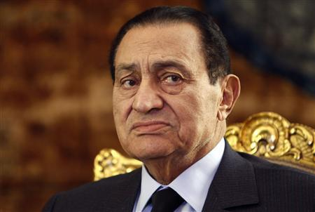 Egypt's President Hosni Mubarak attends a meeting with South Africa's President Jacob Zuma at the presidential palace in Cairo in this October 19, 2010 file photo. Egypt's public prosecutor has ordered that former president Hosni Mubarak be detained for 15 days for investigation, state-owned Nile television said on April 13, 2011. The report came a day after Mubarak was questioned about allegations of killings of protesters and corruption. REUTERS/Amr Abdallah Dalsh