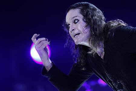 Ozzy Osbourne performs during a concert in Brasilia April 5, 2011. REUTERS/Ueslei Marcelino