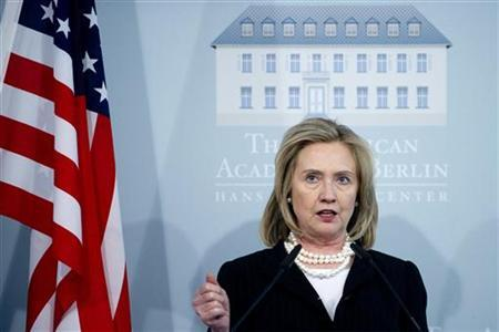 Secretary of State Hillary Clinton speaks during a memorial service for the late U.S. Ambassador Richard Holbrooke at the American Academy in Berlin April 15, 2011. REUTERS/Saul Loeb/Pool