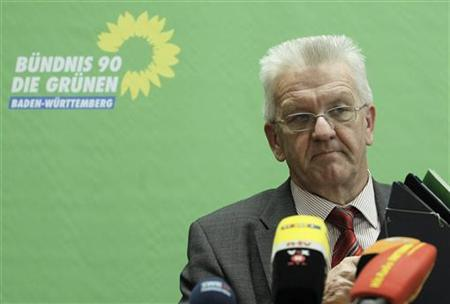 Winfried Kretschmann state leader of the Green Party ''Buendnis 90/ Die Gruenen'' in Baden-Wuerttemberg attends a news conference about the railway project ''Stuttgart 21'' in Stuttgart April 14, 2011. REUTERS/Alex Domanski