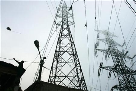 An electric tower is shown in this file photo. REUTERS/Francesco Spotorno