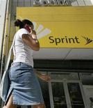 <p>Le chiffre d'affaires de l'opérateur télécoms américain Sprint Nextel est ressorti supérieur aux attentes au 1er trimestre, à la faveur notamment d'une hausse des dépenses des clients dans les services de données. /Photo d'archives/REUTERS</p>
