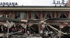 <p>Место взрыва в кафе Argana в городе Марракеш 28 апреля 2011 года. Взрыв в кафе в марокканском городе Марракеш в четверг унес жизни 14 человек, в том числе и иностранцев. REUTERS/Jean Blondin</p>