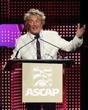 <p>Stewart acepta el Founders Award en la cena anual de ASCAP en Hollywood REUTERS/Mario Anzuoni</p>
