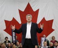 <p>Conservative leader and Canada's Prime Minister Stephen Harper speaks during a campaign rally in Stratford, Prince Edward Island May 1, 2011. REUTERS/Chris Wattie</p>