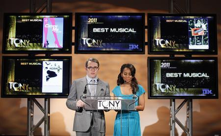 Actors Matthew Broderick (L) and Noni Rose announce the nominees for the American Theatre Wing's 2010 Tony Awards in New York, May 3, 2011. REUTERS/Brendan McDermid