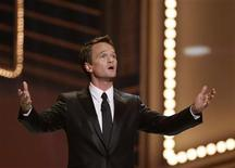 <p>Host Neil Patrick Harris speaks during the 63rd annual Tony Awards ceremony in New York June 7, 2009. REUTERS/Gary Hershorn</p>