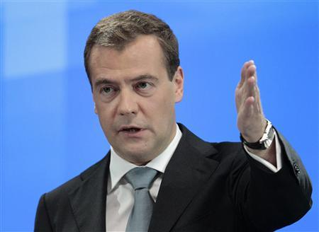 Russia's President Dmitry Medvedev speaks during a news conference at the Skolokovo innovation center outside Moscow May 18, 2011. REUTERS/Alexander Natruskin