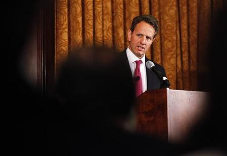 Treasury Secretary Timothy Geithner speaks at the Harvard Club in New York May 17, 2011. REUTERS/Shannon Stapleton