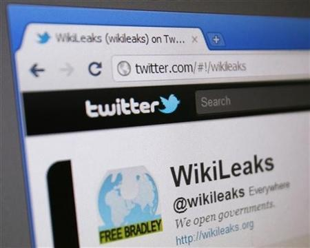 WikiLeaks' Twitter page is seen on a computer screen in Singapore January 9, 2011. A U.S. court has ordered Twitter to hand over details of the accounts of WikiLeaks and several supporters as part of a criminal investigation into the release of hundreds of thousands of confidential documents. REUTERS/Tim Chong