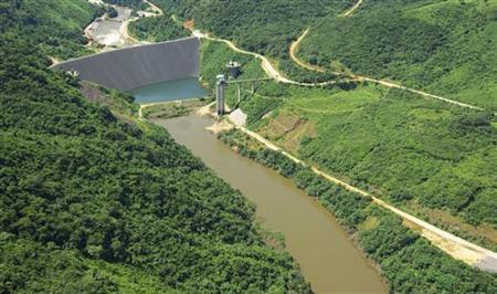 The Bumbuna hydroelectric dam project is seen in this October 20, 2007 file photo. REUTERS/Katrina Manson/Files