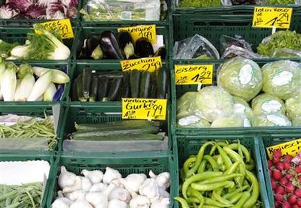 Vegetables are offered at a greengrocer's shop in Hamburg, June 3, 2011. REUTERS/Fabian Bimmer