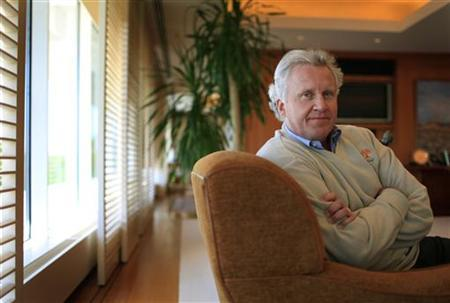 General Electric Chairman and Chief Executive Officer Jeffrey Immelt poses for a portrait during an interview with Reuters in his office at GE Corporate Headquarters in Fairfield, Connecticut, May 9, 2011. REUTERS/Mike Segar