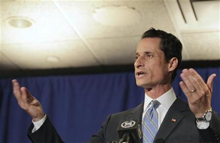 U.S. Congressman Anthony Weiner (D-NY) speaks to the media in New York, June 6, 2011. REUTERS/Brendan McDermid