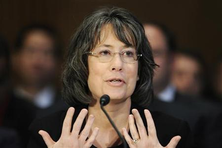 U.S. Federal Deposit Insurance Corporation Chairman Sheila Bair testifies before the Senate Banking Committee hearing on oversight of Dodd-Frank Wall Street reform and consumer protection implementation, on Capitol Hill in Washington May 12, 2011. REUTERS/Jonathan Ernst