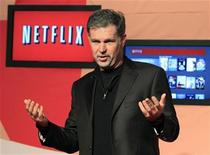 <p>Netflix Chief Executive Officer Reed Hastings speaks during the launch of streaming internet subscription services for movies and television shows to televisions and computers in Canada, at a news conference in Toronto September 22, 2010. REUTERS/ Mike Cassese</p>