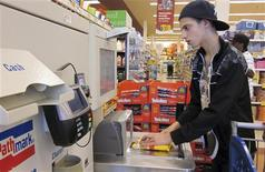 <p>Tristan Williams, a student at Columbia High School in Maplewood, New Jersey, shops for products at a supermarket during a special education program aimed at teaching students life skills, June 15, 2011. REUTERS/Barbara Goldberg</p>