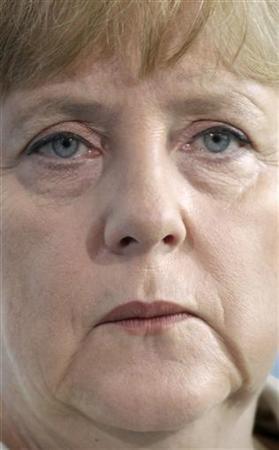 Bundeskanzlerin Angela Merkel während einer Pressekonferenz in Berlin am 5. Juli 2011. REUTERS/Fabrizio Bensch