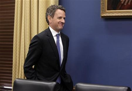 U.S. Treasury Secretary Timothy Geithner arrives to testify before the House Committee on Small Business on Capitol Hill in Washington June 22, 2011. REUTERS/Yuri Gripas