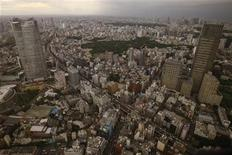 <p>A view of Tokyo from Japan's first Hermes helicopter, designed by the French luxury brand in conjunction with Eurocopter, as it flies over Tokyo in the evening, August 7, 2009. REUTERS/Yuriko Nakao</p>