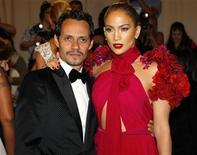 <p>Marc Anthony and Jennifer Lopez arrive at the Metropolitan Museum of Art Costume Institute Benefit celebrating the opening of Alexander McQueen: Savage Beauty, in New York, May 2, 2011. REUTERS/Mike Segar</p>