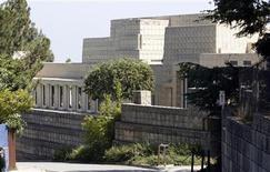 <p>Ennis House is pictured in Los Angeles June 19, 2009. REUTERS/Mario Anzuoni</p>