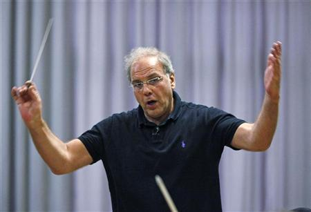 Roberto Paternostro conducts the Israel Chamber Orchestra during a rehearsal in Bayreuth July 24, 2011. REUTERS/Michael Dalder