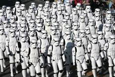 "<p>Close to 200 participants from the fan-based ""501st Legion"" dress as Stormtroopers as they make their way down Colorado Boulevard during the 118th Tournament of Roses Parade in Pasadena January 1, 2007. REUTERS/Gus Ruelas</p>"