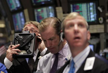 Traders work on the floor of the New York Stock Exchange, August 1, 2011. REUTERS/Brendan McDermid