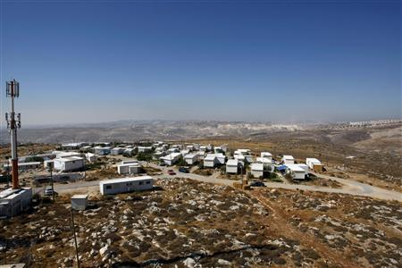 A general view of the outpost of Migron is seen near the West Bank city of Ramallah in this August 12, 2008 file photo. REUTERS/Baz Ratner/Files