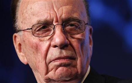 News Corporation Chairman and CEO Rupert Murdoch listens to remarks while participating in the Wall St. Journal CEO Council on ''Rebuilding Global Prosperity'' in Washington November 16, 2009. REUTERS/Kevin Lamarque/Files