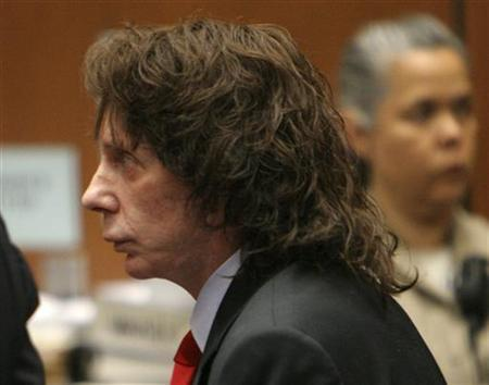 Music producer Phil Spector stands in court after he was convicted of second-degree murder in Los Angeles April 13, 2009. REUTERS/Al Seib/Pool