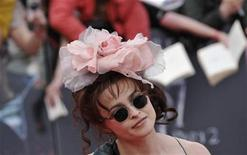 "<p>Actress Helena Bonham Carter arrives for the world premiere of ""Harry Potter and the Deathly Hallows - Part 2"" in Trafalgar Square, in central London, July 7, 2011. REUTERS/Dylan Martinez</p>"